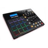MIDI-контролер Akai MPD226