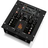 Мікшерний пульт для DJ Behringer NOX202